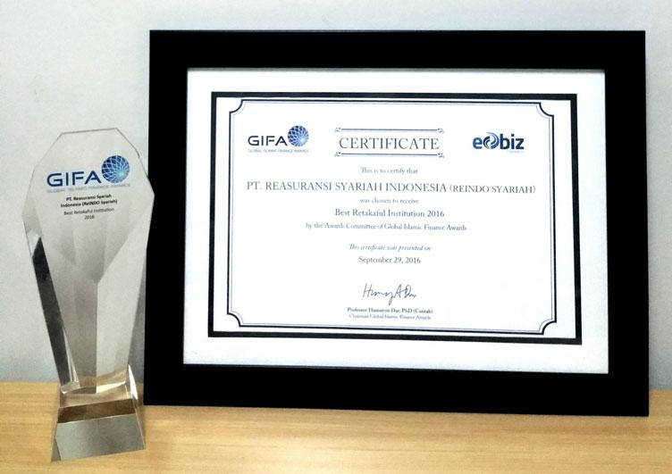 """""""Best Retakaful Institution"""" PT Reasuransi Syariah Indonesia dalam Global Islamic Finance Award - 2016"""